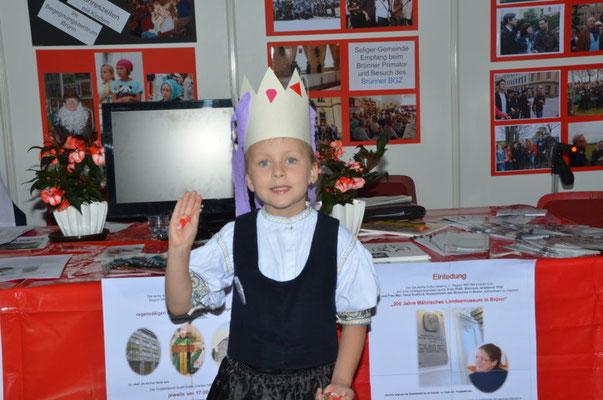 Wir danken der kleinen Prinzessin aus dem Egerland für den Besuch mit ihren Eltern an unserem Stand