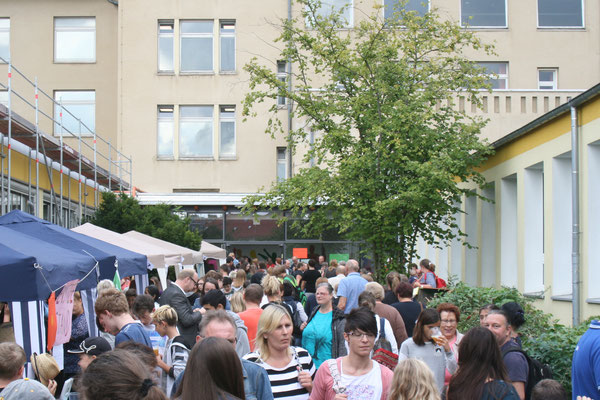 IGS Helmstedt, Giordano-Bruno Gesamtschule, Hintereingang vom Mensagarten