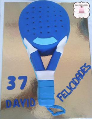 Tarta de fondant padel. Tarta de cumpleaños padel. Tarta de fondant tenis. Tarta de cumpleaños tenis