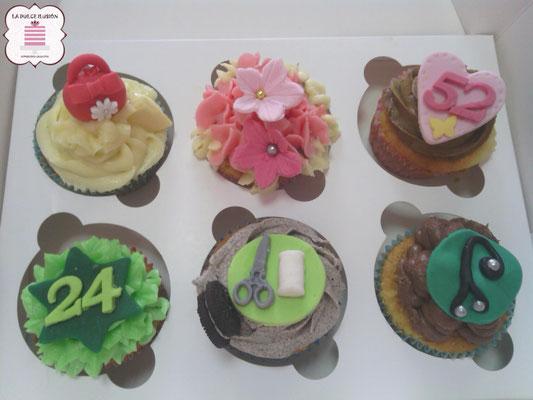 Cupcakes personalizados de medico y enfermera en Cartagena, Murcia. Sabor vainilla, nata y mojito. Cupcakes de celebración para mesa dulce en Cartagena, Murcia.