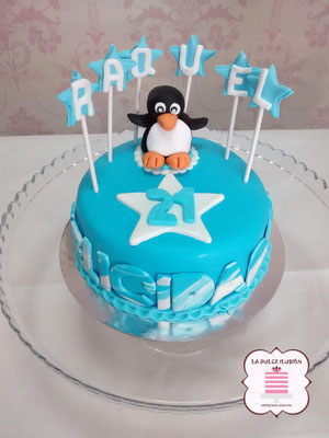 Tarta de fondant animales. Tarta de fondant pinguino. Tarta de cumpleaños animales. Tarta de cumpleaños pingüino.
