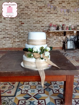 Tarta de boda decorada