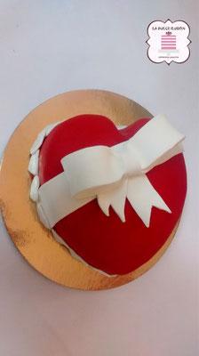 tarta especial san valentin, enamorados en Cartagena y Murcia