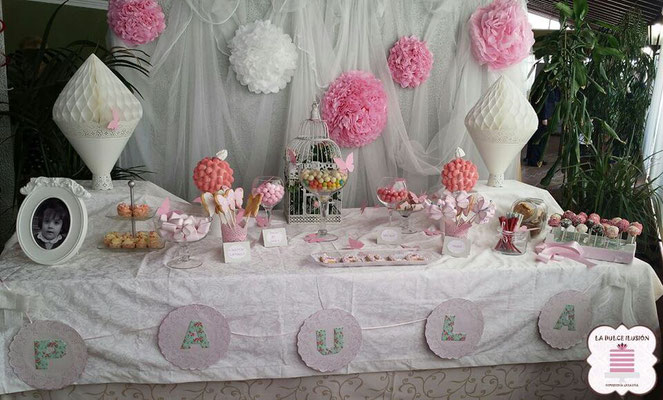 Candy bar y mesas dulces tartas y candy bar en cartagena - Decoracion con chuches para comuniones ...