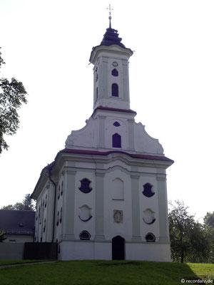 Westfassade Votivkirche St. Thekla