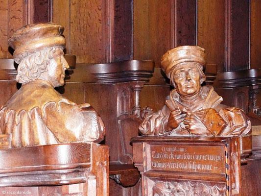 Büsten bekannter Dichter und Philosophen im Chorgestühl