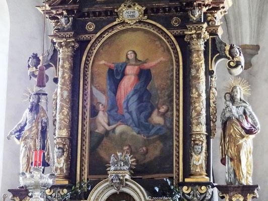 """Hochaltar mit Altarbild """"Mariä Himmelfahrt"""" von Georg Lagler 1832"""