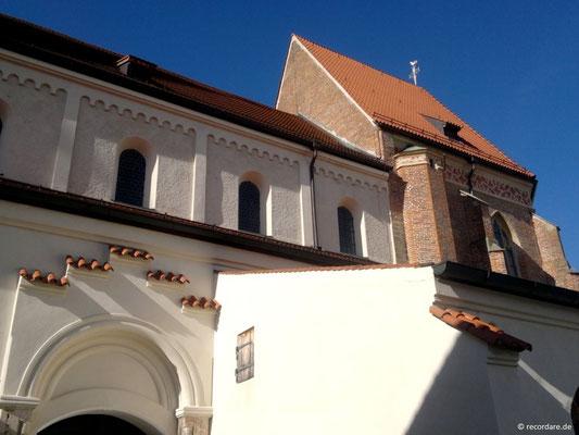 Romanisches Kirchenschiff