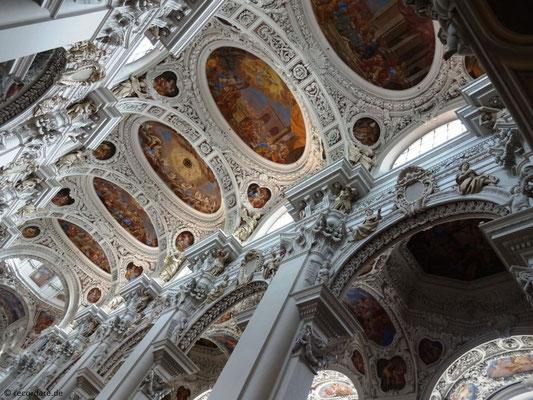 Kuppelgewölbe mit Fresken