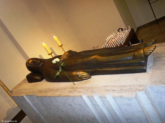 Ritakapelle mit Heiligenfigur Hl. Rita von Cascia