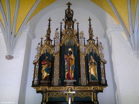 Spätgotischer Seitenaltar mit Schwarzer Madonna