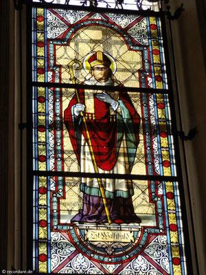 Glasfenster mit dem Bistumspatron Hl. Willibald