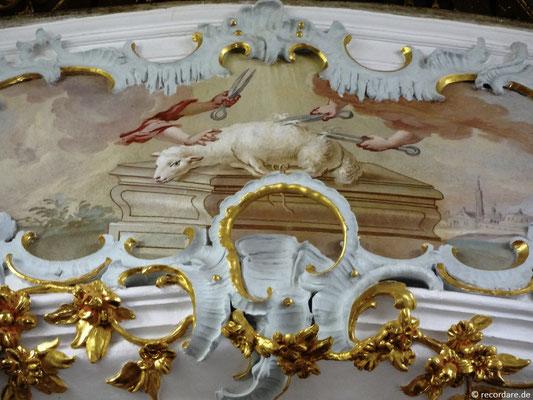 Lamm Gottes Darstellung an der Orgelempore