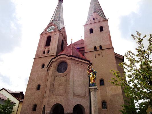 Doppelturmfassade