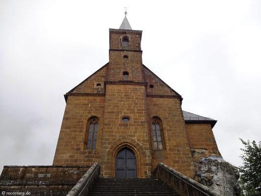 Steiltreppe und Oberkirche