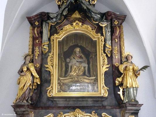Schmerzhafte Pieta, einziger bis heute erhaltener Altar aus der Barockzeit