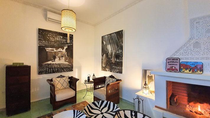 Wohnzimmer mit Cheminée 1