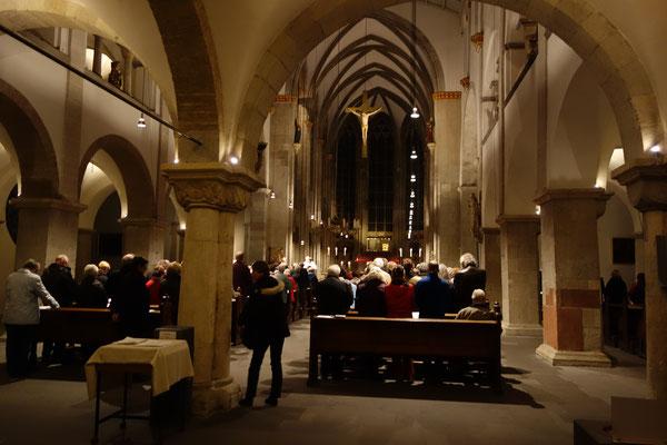 Nella chiesa di St. Ursula la messa cattolica è celebrata per tutti.