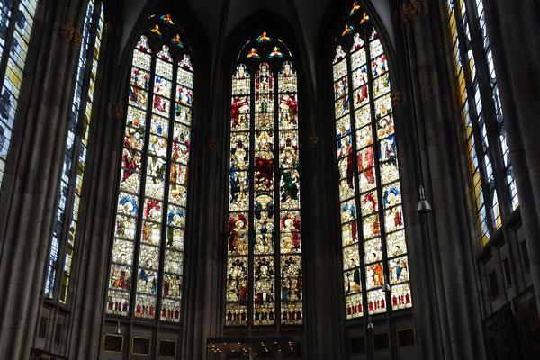 Fenestre nella chiesa St. Ursula a Köln