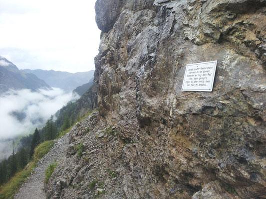 legendäre Tafel am Schrofenpass