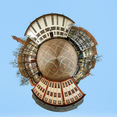 Little Planet Universitätsplatz.
