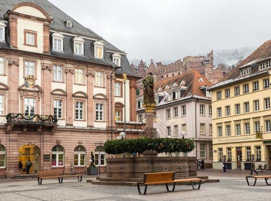 Marktplatz im Winter.