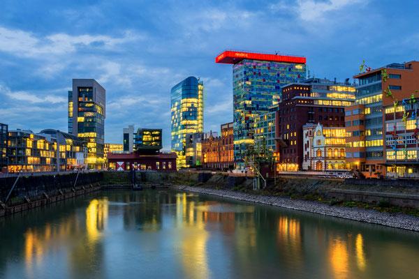 Düsseldorf. Mediahafen.