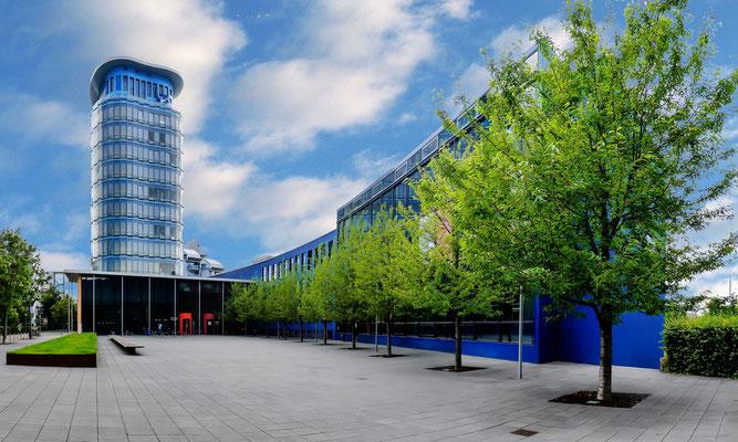 Blue-Tower der SRH-Hochschule, Wieblingen.