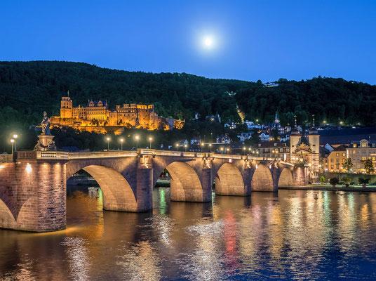 Heidelberger Schloss und Alte Brücke.
