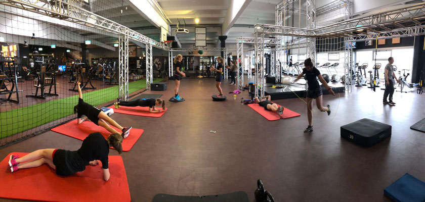 Gemeinsames Athletiktraining im PURE in Memmingen