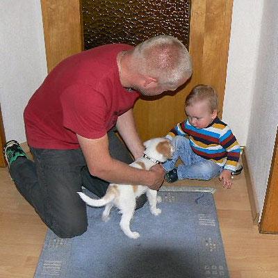 Delsy lernt das Enkelchen kennen