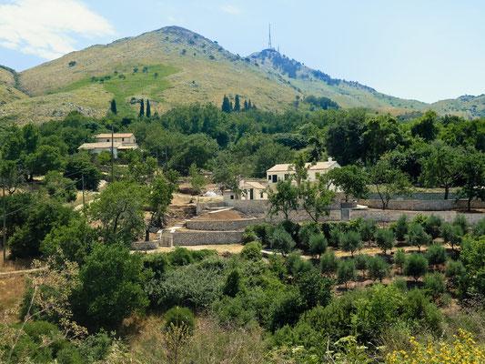 Randonnée en 4X4 - Village historique d'Ano Perithia - Patrimone de l'UNESCO