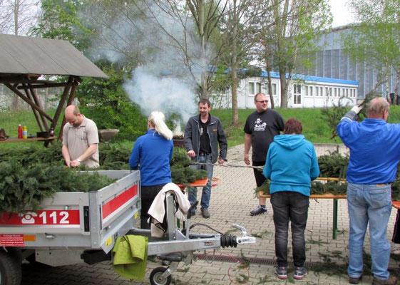 In Wünschendorf an der Elster auf dem Hof der Freiwilligen Feuerwehr