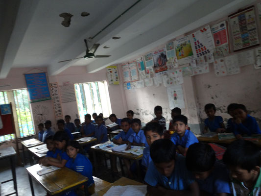 Schüler/innen der Kakrabunia Primary School