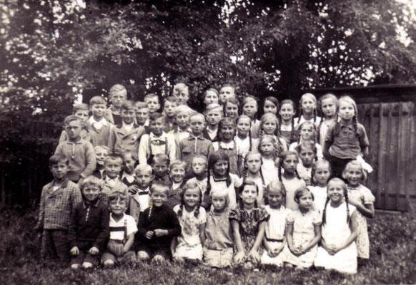Klassenfoto um 1937