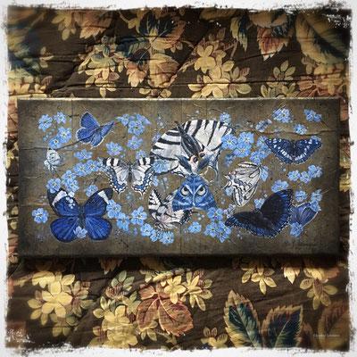 La collection bleue, acrylique sur carrés de papier de soie / acrylic on silk paper squares