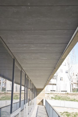 Zementbegundene Spanplatte, Dachuntersicht