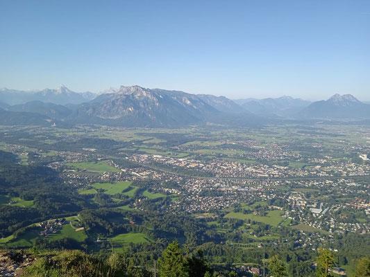 Blick vom Gaisberg über Salzburg und das Berchtesgadener Land