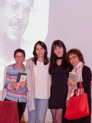 La viuda de Alberto Vega, Paula Granados, su hija Lucía, Sara A. Palicio y Noelí Puente Aller / © Ana Isabel Jambrina Huete