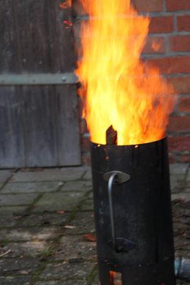 Flammeninferno am Sonntagmorgen