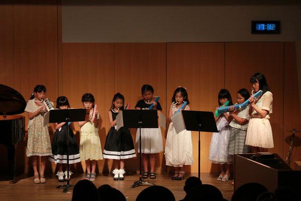 小学生による鍵盤ハーモニカアンサンブル