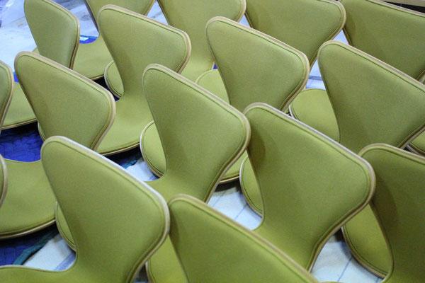 seven chair フロントパディング 張替