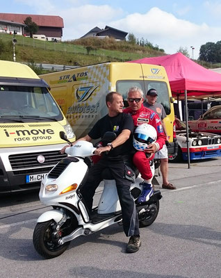Christian Danner mit Mechaniker Adi Ruhaltinger (Scuderia GT)