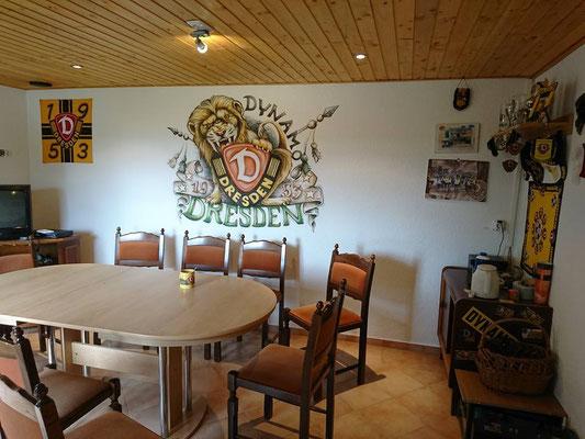Fussballwand im Männerzimmer, Wandmalerei von Butterfly-Art Melanie Nicklisch