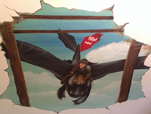 """Wandbemalung an einer Dachschraege mit """"Dragons"""""""