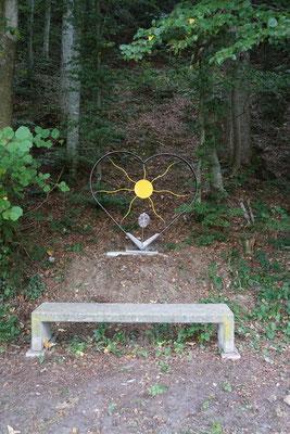 """Das"""" Härzenstor zwösche de Wäute"""" gespendet von Philipp Zemp , Metallkunst in Willisau. Herzlichen Dank!"""
