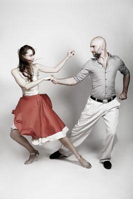 Tango ist intensive Körperarbeit. Sport Fotoshooting. Tanzen.