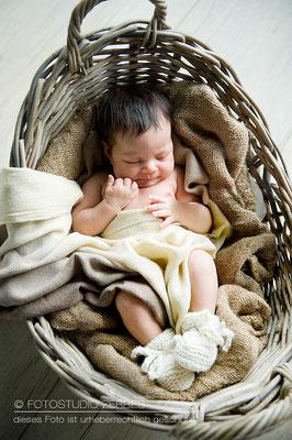 Baby und Newborn Fotografie Köln