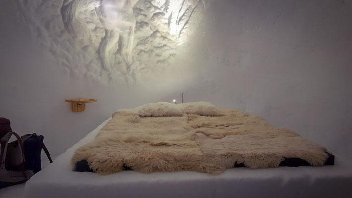Das Bett im Igludorf