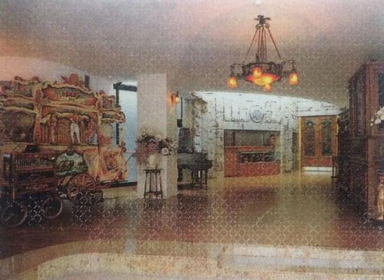オルゴール館展示室